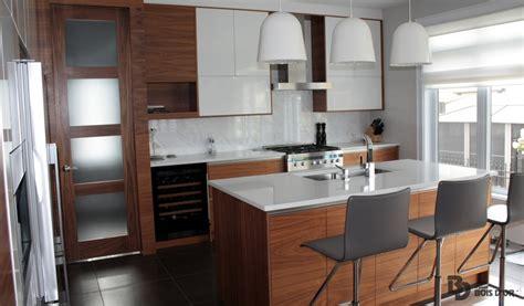 armoire de cuisine moderne l 233 pur 233 e cuisines moderne le groupe bois d or