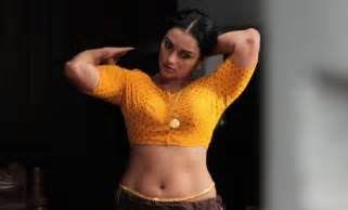 Bedroom Songs shwetha menon slim and spicy photos stills pictures images