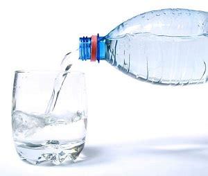 acqua rubinetto o in bottiglia bere l acqua rubinetto o in bottiglia