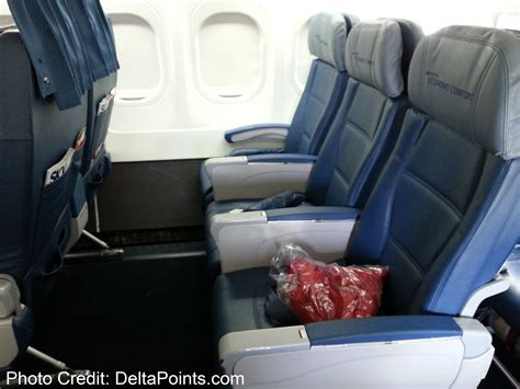 american airlines comfort seats front row economy comfort delta 717 200 delta points blog