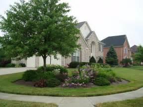 landscape house 1000 ideas about corner landscaping on pinterest