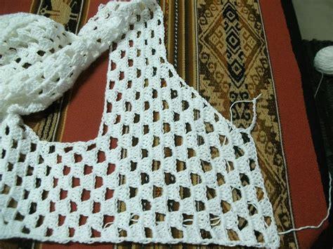 tejido de estolas sencillas patrones crochet manualidades y reciclado dos chalecos