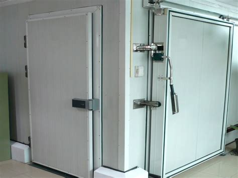 Cold Room Door Heater by Heat Seals Of Doors In Coldroom With Heater Cables