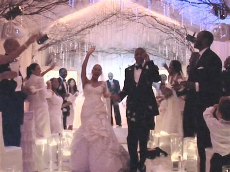 Are Beyonce And Z Finally Getting Married by Beyonce Has Finally Given Us A Glimpse At