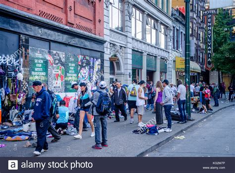 running room downtown vancouver downtown eastside stock photos downtown eastside stock images alamy