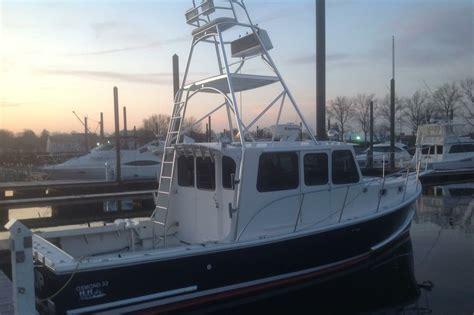 boat sinking long island sound long island sound charter boats three fishermen rescued