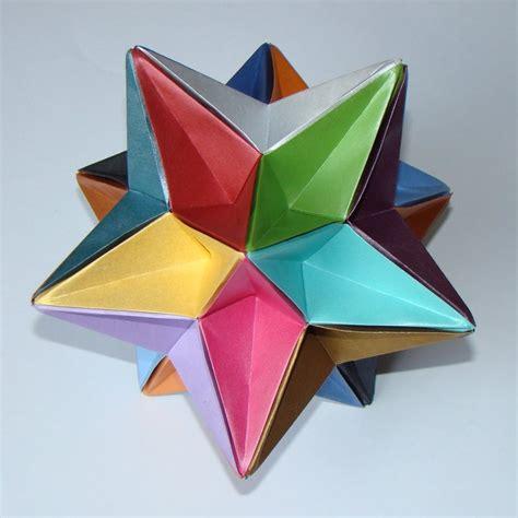 Icosahedron Origami - eighth stellation of the icosahedron by manilafolder on