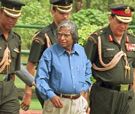 remembering indias greatest engineer life  dr apj abdul kalam  pictures