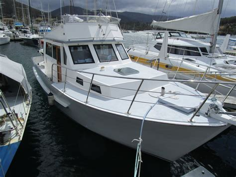 flybridge motor boats for sale build a boat company legionnaire 36ft flybridge motor
