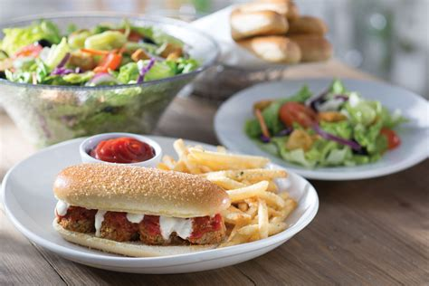 olive garden 7 dollar lunch olive garden launches breadstick bun sandwiches boozy burbs