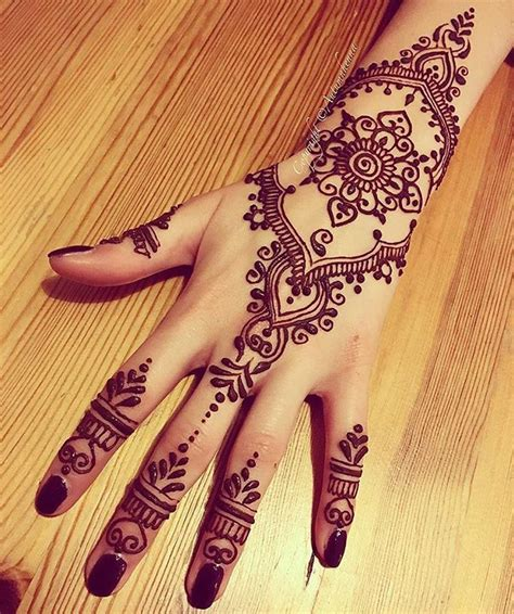 henna tattoo tangan not my work hennainspire instagram photos and