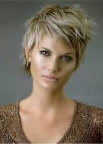 Short hairstyle for thick hair via