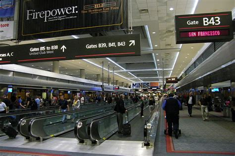 united baggage claim at denver international airport flickr scenes from united terminal at denver international airpor