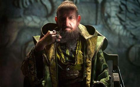 film mandarin new geek bites star wars bloopers hobbit tv spots and