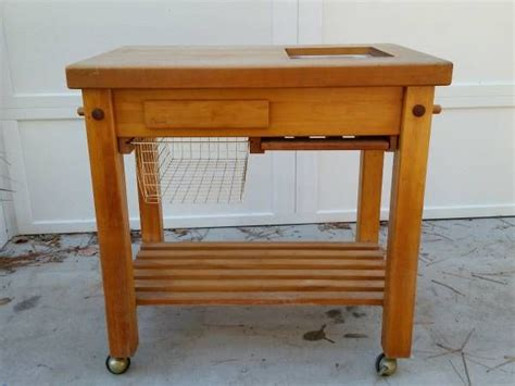 butcher block rolling kitchen island cart the container solid high quality maple top le gourmand rolling butcher