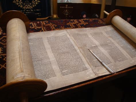the jews books file open torah the holy book jpg