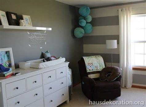 babyzimmer grau 2013 02 babyzimmer dekorieren streifen 223 wand grau wei 223