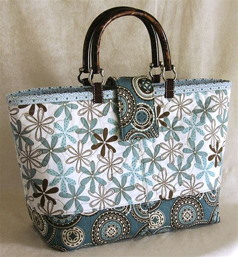 Handmade Bag Pattern - quilted fabric tote bag pattern free rachael edwards