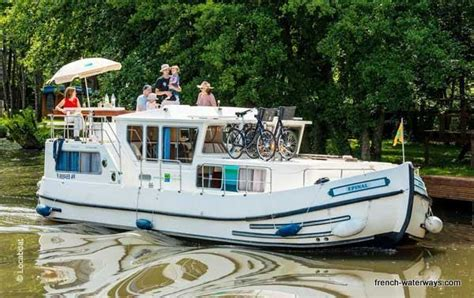 boating european canals self drive canal boat holidays vacations france