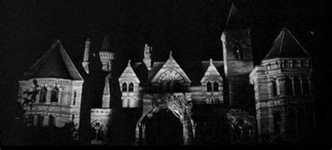 the haunting of hill house terrifying page turners the haunting of hill house nerdist