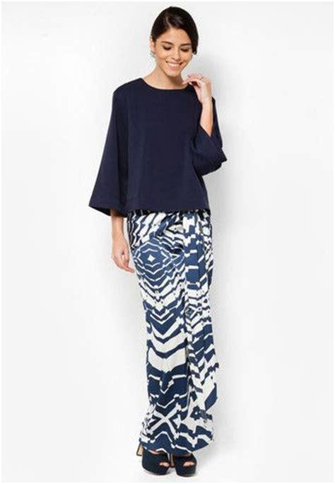design baju kurung modern batik 13 best baju kurung images on pinterest baju kurung