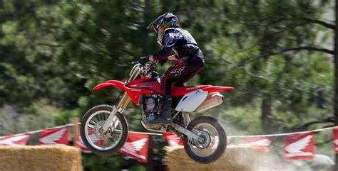 honda 150r bike 2017 honda crf150r dirt bike review specs price bikes
