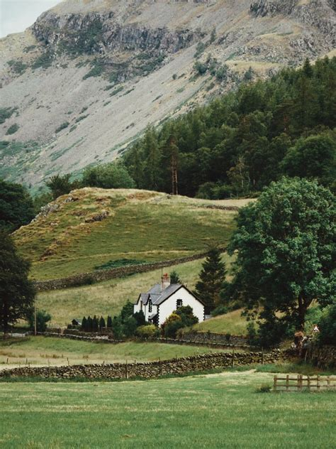 lake district cottage best 20 cottages in lake district ideas on