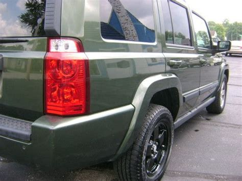 Jeep Commander Third Row Seat Find Used 2007 Jeep Commander Sport 4x4 3rd Row Seats