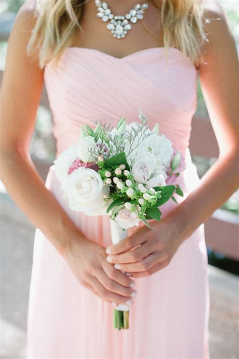 Bridesmaid Flowers by 25 Best Ideas About Small Bridesmaid Bouquets On