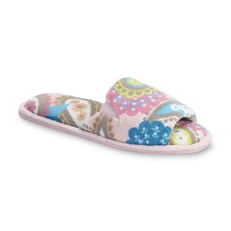 pink dearfoam slippers dearfoams s pink paisley open toe scuff slipper