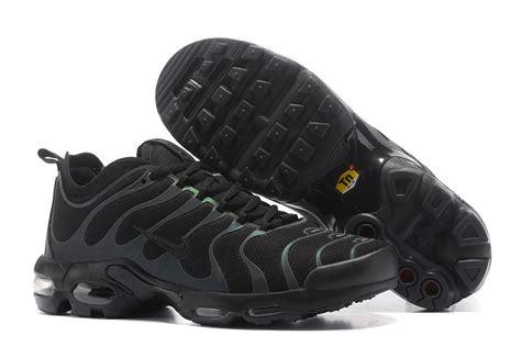 Nike Airmax Ultra Gradasi Running Cewe 37 40 retail nike air max plus tn ultra tuned 1 black reflective iridescent 898015 002 sneakers s