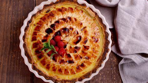 tarta de manzana canal cocina tarta de manzana con frutos rojos sergio fern 225 ndez
