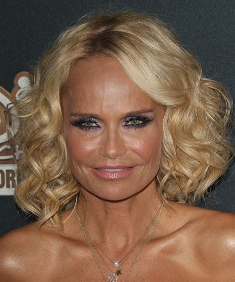 kristin chenoweth short hairstyle with hairstyles hair description for short curly blonde hair hairs picture
