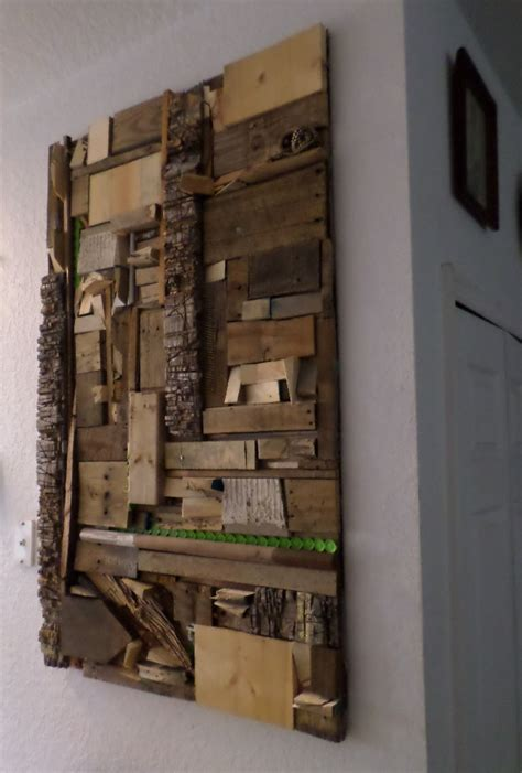 idea for wood metal mix decorations using recycled scrap materials for wood wall art
