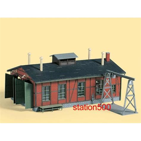 11355 auhagen ho kit of a narrow engine shed with
