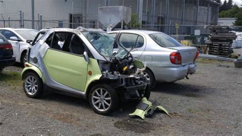 smart car crash smart car crash deer pixshark com images galleries
