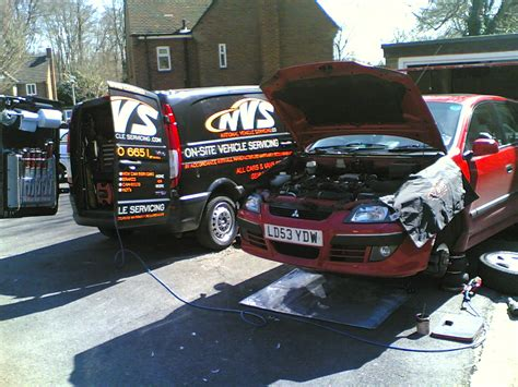 mitsubishi car servicing mitsubishi servicing and repairs car servicing bracknell