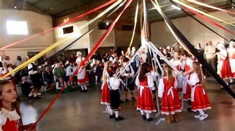 libro el baile de las aldea protestante el baile de las cintas youtube