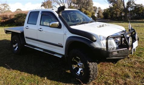 black holden rodeo holden rodeo ra dmax 2002 11 single swage line only