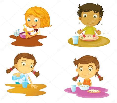 imagenes de niños jugando y comiendo cuatro ni 241 os comiendo archivo im 225 genes vectoriales