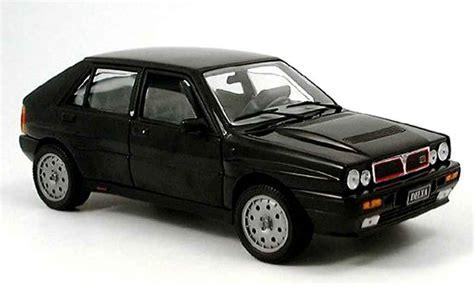 New Premium Diecast Lancia Delta Integrale Hf Miniatur Mobil Klasik lancia delta hf integrale black sun diecast model car