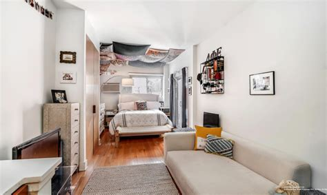 efficiency apartment living 6 tips on living in a studio apartment streeteasy