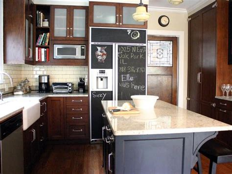 Chalkboard Kitchen Ideas by How To Paint A Kitchen Chalkboard Wall How Tos Diy