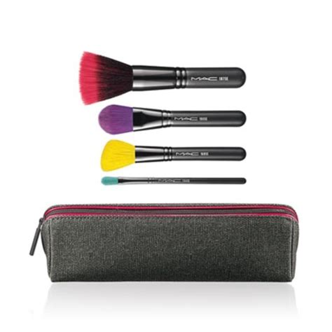 Mac Makeup Sles by 24 Mac Cosmetics Other One Day Sale Mac Cosmetics Brush Set From Closet S Closet