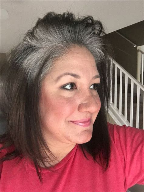 transition hairstyles for growing out short hair 3 1 2 months of growing out my grey naturally doesn t