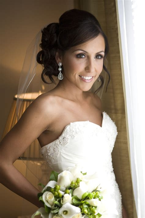wedding hairstyles long brunette wedding makeup for brunettes google search the dangs