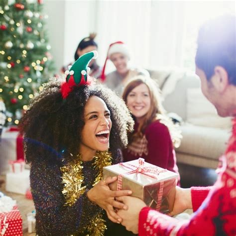 christmas gift etiquette the dos and don ts of christmas