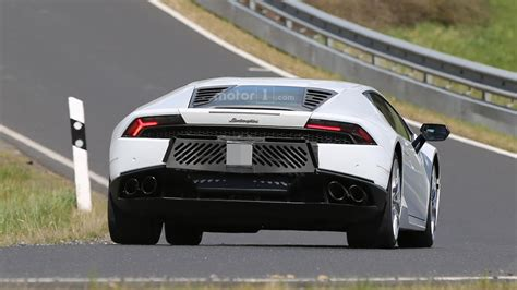 lamborghini exhaust tip lamborghini huracan superleggera mule has six exhaust tips