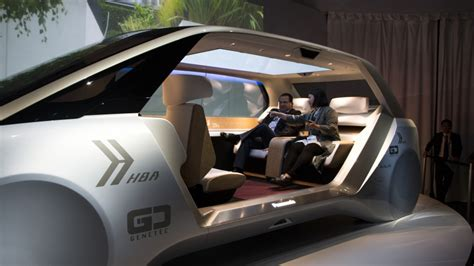 panasonic reveals  driverless vehicle  doubles   relaxation station