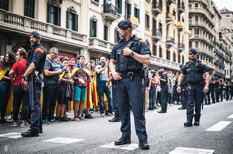 barcelona unrest how catalan writers artists are reacting to calls for